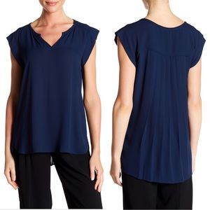 NWT pleione Chloe pleated back Top